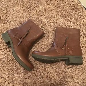 🎊SALE Clarks Carmel Brown Leather Ankle Boots
